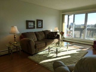 Photo 2: 807 8948 ELBOW Drive SW in CALGARY: Haysboro Condo for sale (Calgary)  : MLS®# C3585712