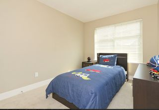 Photo 5: 114 19525 73rd in Surrey: Townhouse for sale