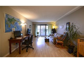Photo 4: # 102 2424 CYPRESS ST in Vancouver: Kitsilano Condo for sale (Vancouver West)  : MLS®# V1064786
