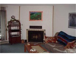 Photo 2: 314 290 Regina Ave in VICTORIA: SW Tillicum Condo Apartment for sale (Saanich West)  : MLS®# 324752