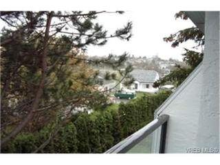 Photo 3: 314 290 Regina Ave in VICTORIA: SW Tillicum Condo Apartment for sale (Saanich West)  : MLS®# 324752