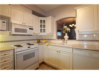 "Photo 7: 231 3098 GUILDFORD Way in Coquitlam: North Coquitlam Condo for sale in ""MARLBUROUGH HOUSE"" : MLS®# V1074215"