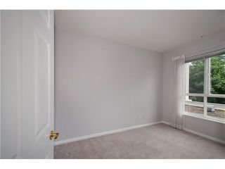 "Photo 13: 231 3098 GUILDFORD Way in Coquitlam: North Coquitlam Condo for sale in ""MARLBUROUGH HOUSE"" : MLS®# V1074215"