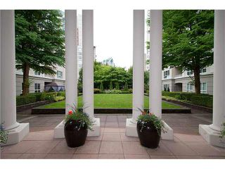 "Photo 17: 231 3098 GUILDFORD Way in Coquitlam: North Coquitlam Condo for sale in ""MARLBUROUGH HOUSE"" : MLS®# V1074215"