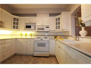 "Photo 8: 231 3098 GUILDFORD Way in Coquitlam: North Coquitlam Condo for sale in ""MARLBUROUGH HOUSE"" : MLS®# V1074215"