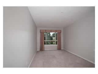 "Photo 10: 231 3098 GUILDFORD Way in Coquitlam: North Coquitlam Condo for sale in ""MARLBUROUGH HOUSE"" : MLS®# V1074215"