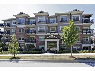 """Main Photo: 401 19530 65TH Avenue in Surrey: Clayton Condo for sale in """"WILLOW GRAND"""" (Cloverdale)  : MLS®# F1418928"""