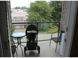 "Photo 7: 401 33338 MAYFAIR Avenue in Abbotsford: Central Abbotsford Condo for sale in ""THE STIRLING ON MAYFAIR"" : MLS®# F1420645"