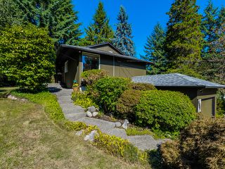 Photo 1: 1975 Alderlynn Drive in North Vancouver: Westlynn House for sale