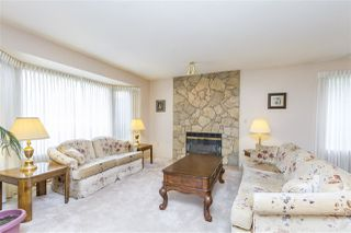 Photo 2: 19668 SOMERSET DRIVE in Pitt Meadows: Mid Meadows House for sale : MLS®# R2113978