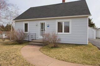 Photo 5: 16 Copp Avenue: Sackville House for sale : MLS®# M104111
