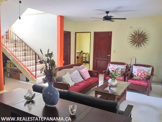 Photo 13: Beautiful hillside home for sale in Panama