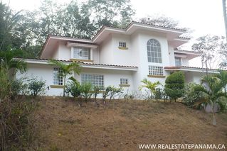 Photo 5: Beautiful hillside home for sale in Panama