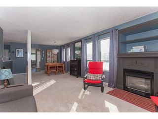 Photo 4: 3218 268 STREET in Langley: Aldergrove Langley House for sale : MLS®# R2337571