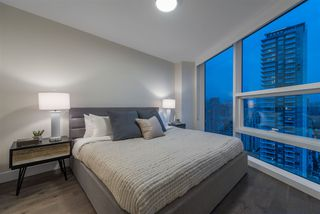 Photo 3: 3002 499 PACIFIC STREET in Vancouver: Yaletown Condo for sale (Vancouver West)  : MLS®# R2331302