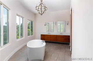 Photo 10: MISSION HILLS House for sale : 4 bedrooms : 807 Barr in San Diego