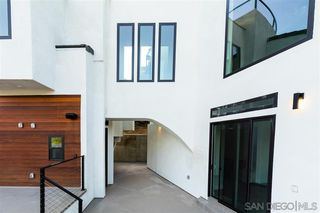 Photo 11: MISSION HILLS House for sale : 4 bedrooms : 807 Barr in San Diego