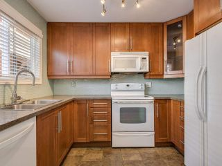 "Photo 10: 8443 LAUREL Street in Vancouver: Marpole 1/2 Duplex for sale in ""MARPOLE"" (Vancouver West)  : MLS®# R2403493"