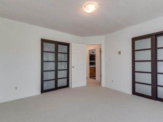 "Photo 17: 8443 LAUREL Street in Vancouver: Marpole 1/2 Duplex for sale in ""MARPOLE"" (Vancouver West)  : MLS®# R2403493"