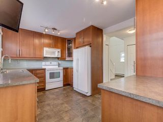 "Photo 9: 8443 LAUREL Street in Vancouver: Marpole 1/2 Duplex for sale in ""MARPOLE"" (Vancouver West)  : MLS®# R2403493"