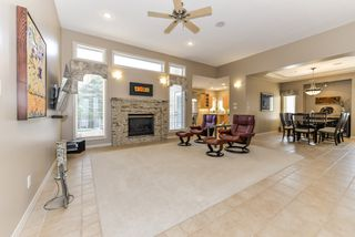 Photo 2: 82 Kingsbury Crescent NW in St. Albert: Kingswood House for sale