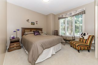 Photo 6: 82 Kingsbury Crescent NW in St. Albert: Kingswood House for sale