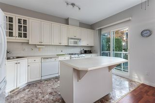Photo 3: 259 E 6TH STREET in North Vancouver: Lower Lonsdale Townhouse for sale : MLS®# R2419124