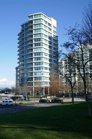 "Main Photo: 1201 1777 BAYSHORE Drive in Vancouver: Coal Harbour Condo for sale in ""BAYSHORE GARDENS"" (Vancouver West)  : MLS®# R2443330"