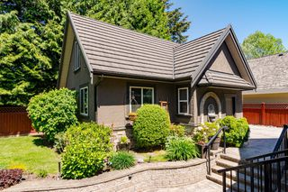 Photo 3: 14439 32B Avenue in Surrey: Elgin Chantrell House for sale (South Surrey White Rock)  : MLS®# R2455698