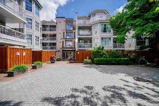 "Photo 3: 305 2678 DIXON Street in Port Coquitlam: Central Pt Coquitlam Condo for sale in ""SPRINGDALE"" : MLS®# R2457141"