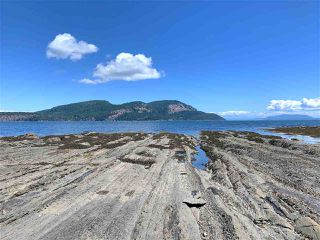 Photo 5: 6601 RAZOR POINT Road: Pender Island House for sale (Islands-Van. & Gulf)  : MLS®# R2460989
