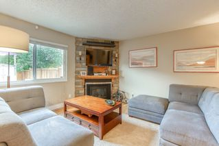 "Photo 9: 19 20599 51A Avenue in Langley: Langley City Townhouse for sale in ""Forest View"" : MLS®# R2466963"