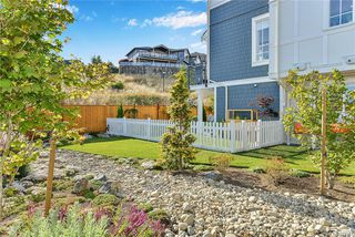 Photo 5: 4 370 Latoria Blvd in Colwood: Co Royal Bay Row/Townhouse for sale : MLS®# 844184