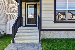 Photo 2: 27 Prestwick Place SE in Calgary: McKenzie Towne Detached for sale : MLS®# A1025938