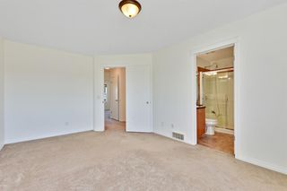 Photo 16: 27 Prestwick Place SE in Calgary: McKenzie Towne Detached for sale : MLS®# A1025938
