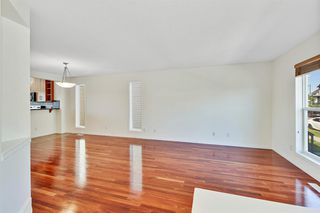 Photo 4: 27 Prestwick Place SE in Calgary: McKenzie Towne Detached for sale : MLS®# A1025938