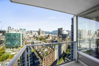 """Photo 2: 2802 188 KEEFER Place in Vancouver: Downtown VW Condo for sale in """"ESPANA TOWER B"""" (Vancouver West)  : MLS®# R2497094"""