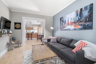 Photo 3: 3284 PRINCE EDWARD Street in Vancouver: Fraser VE House for sale (Vancouver East)  : MLS®# R2497640