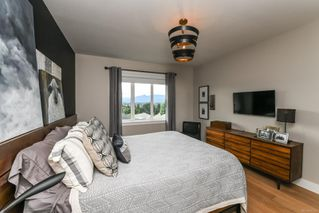 Photo 7: 859 Thorpe Ave in : CV Courtenay East House for sale (Comox Valley)  : MLS®# 856535