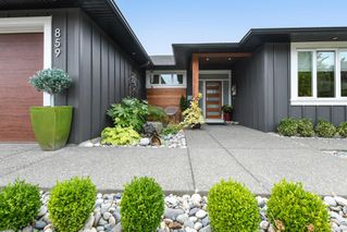 Photo 1: 859 Thorpe Ave in : CV Courtenay East House for sale (Comox Valley)  : MLS®# 856535