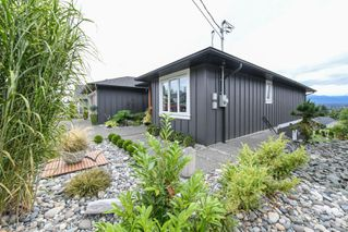 Photo 25: 859 Thorpe Ave in : CV Courtenay East House for sale (Comox Valley)  : MLS®# 856535