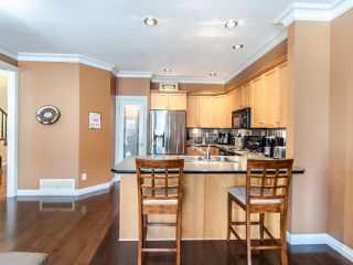 "Photo 12: 24 36260 MCKEE Road in Abbotsford: Abbotsford East Townhouse for sale in ""King's Gate"" : MLS®# R2501750"