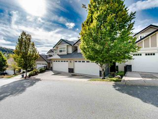 "Photo 35: 24 36260 MCKEE Road in Abbotsford: Abbotsford East Townhouse for sale in ""King's Gate"" : MLS®# R2501750"