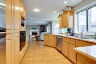 """Photo 5: 10726 PLUMTREE Close in Surrey: Fraser Heights House for sale in """"FRASER HEIGHTS"""" (North Surrey)  : MLS®# R2508630"""