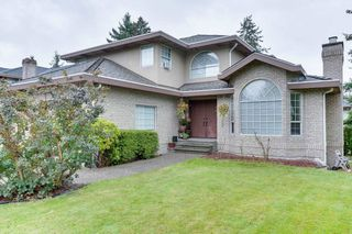 """Photo 3: 10726 PLUMTREE Close in Surrey: Fraser Heights House for sale in """"FRASER HEIGHTS"""" (North Surrey)  : MLS®# R2508630"""