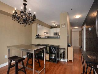 """Photo 4: 207 3480 MAIN Street in Vancouver: Main Condo for sale in """"THE NEWPORT"""" (Vancouver East)  : MLS®# V928673"""