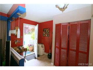 Photo 10: VICTORIA REAL ESTATE = VIEW ROYAL TOWNHOME Sold With Ann Watley! (250) 656-0131