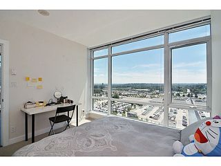 Photo 9: 2205 2955 Atlantic Avenue in Coquitlam: Condo  : MLS®# V1072474