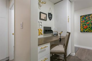 Photo 3: Vancouver West in Fairview VW: Condo for sale : MLS®# R2079599