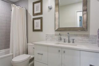 Photo 8: Vancouver West in Fairview VW: Condo for sale : MLS®# R2079599